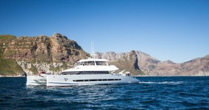 Open Ocean 800 Expedition Catamaran (1)