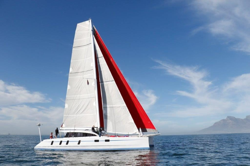 M60_carbon_performance-catamaran (13)