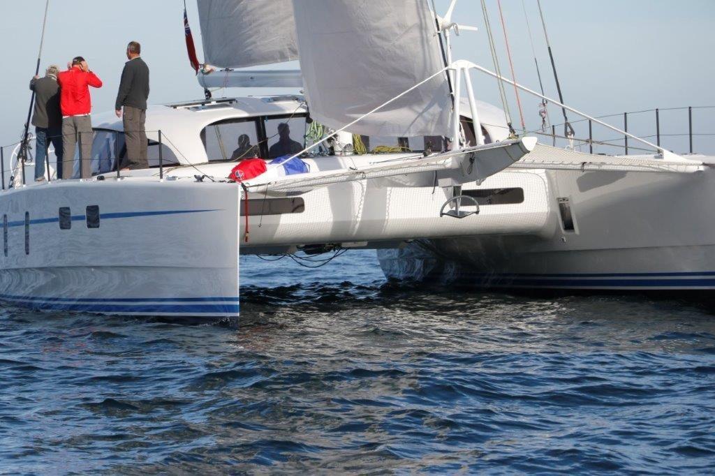 M60_carbon_performance-catamaran (6)